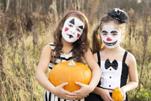 The Horror-ble Thing About Halloween makeup - and a Natural DIY face paint recipe