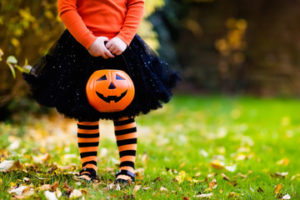 the green halloween guide for crunchy moms