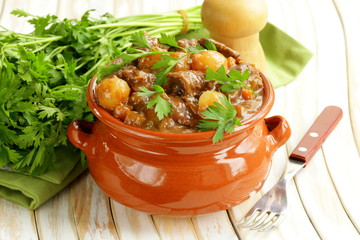 20 Paleo slow cooker meals for Fall